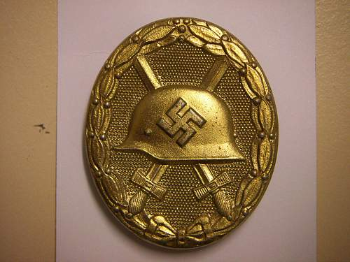 Click image for larger version.  Name:Verwundetenabzeichen 1939 in Gold  Carl Wild 107 1.jpg Views:909 Size:308.0 KB ID:432633