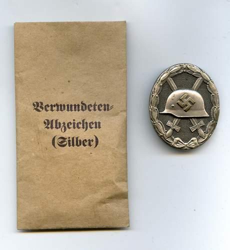 Verwundetenabzeichen in Silber - Grossmann '11'.