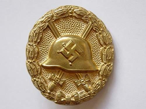 Name:  condor leigon wound badge gold 1.jpg Views: 1393 Size:  26.7 KB