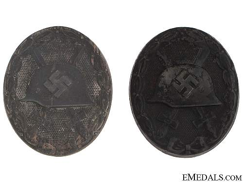 Click image for larger version.  Name:Two_Wound_Badges_5106a5f894006.jpg Views:48 Size:110.2 KB ID:501948