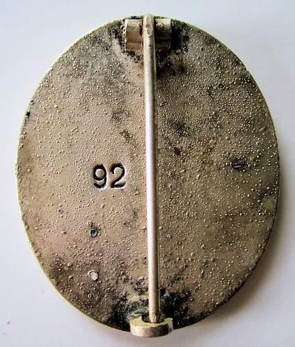 """Verwundetenabzeichen in Silber """"92"""" for Review."""