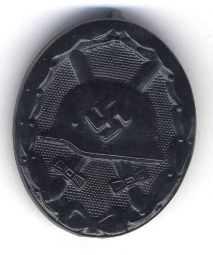 Verwundetenabzeichen in schwarz 95