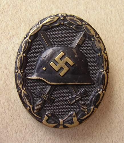 Verwundetenabzeichen  in Schwarz - L/11. original or repro ?