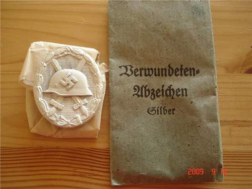 Silver wound badge