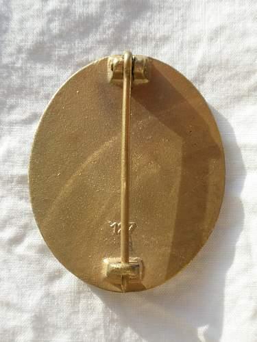 Gold Verwundetenabzeichen 127 Help