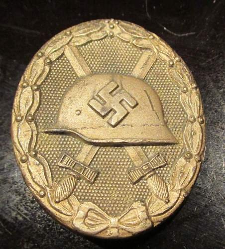 no. 65 wound badge - silver or gold?