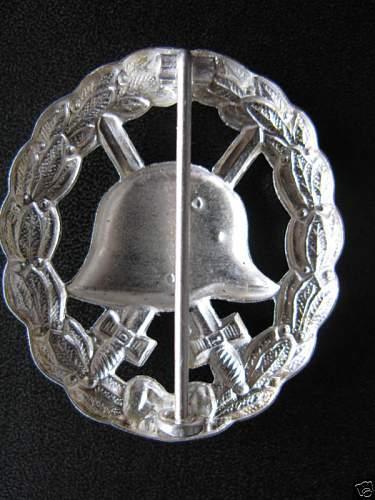WW2 German Army  WOUND BADGE produced  after WW2