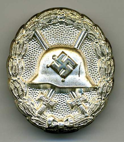 My 1st Pattern 1939 Pattern Wound Badge in Silver