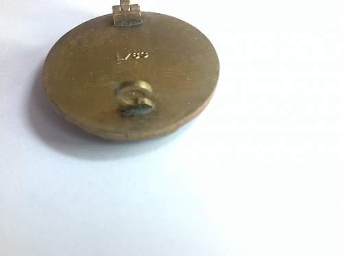 Verwundetenabzeichen in Gold. Real or Fake?