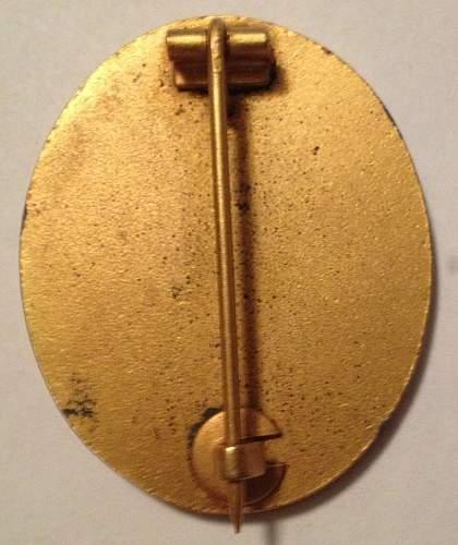 My Verwundetenabzeichen 1939 in Gold.
