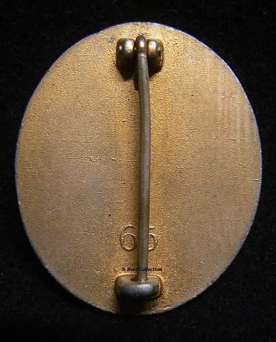 Verwundetenabzeichen 1939 in Gold, Marked 65