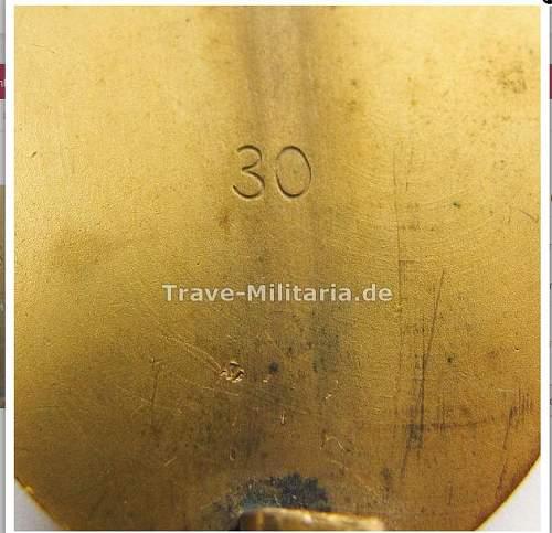Verwundetenabzeichen in gold mm30