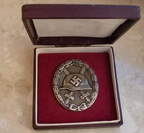 Verwundetenabzeichen 1939 in Silber, 30 in Etui