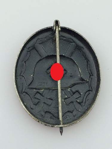strange maker mark on vwa black ???