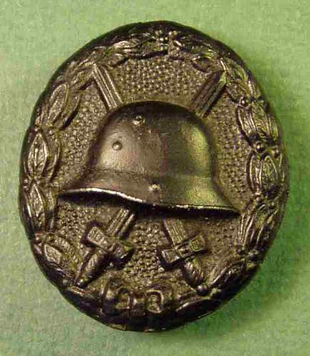 Click image for larger version.  Name:wound_badge_black_WWI.jpg Views:16 Size:27.7 KB ID:804420