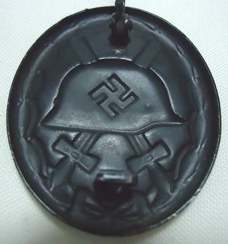 Unmarked Black Verwundetenabzeichen