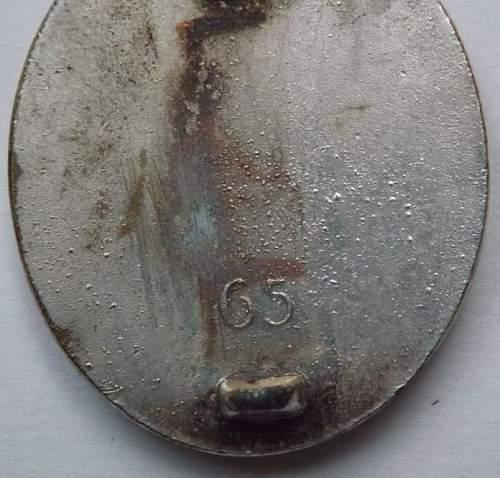 Verwundetenabzeichen in silber marked 65 - worth buying or not?