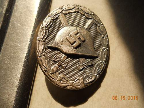 Click image for larger version.  Name:WOUND badge 001.jpg Views:45 Size:337.5 KB ID:872994
