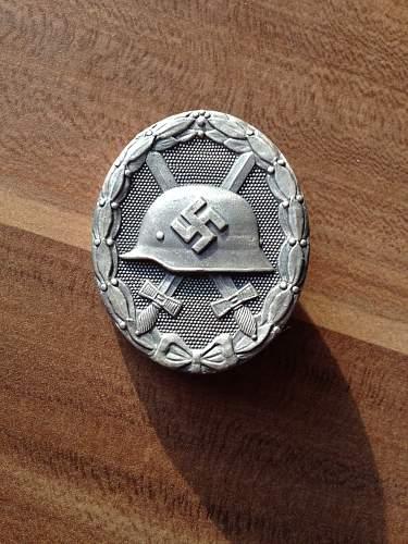 Verwundetenabzeichen 1939 in gold and silver (30)