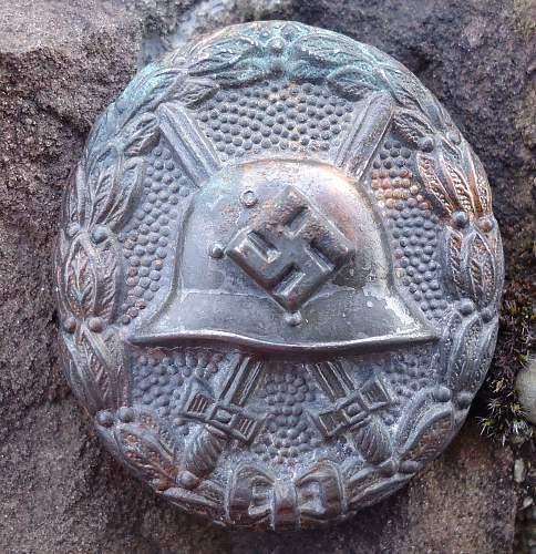 1936 Pattern Verwundetenabzeichen (Condor Legion) in Schwarz