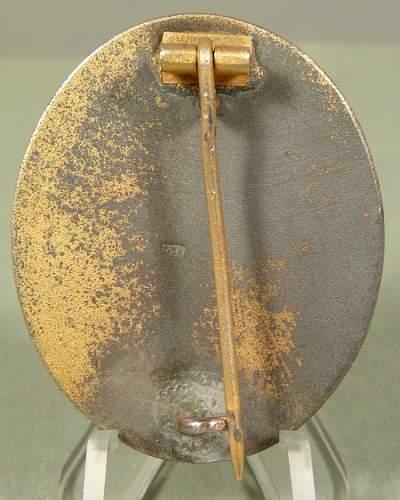 Verwundeten-Abzeichen - Gold