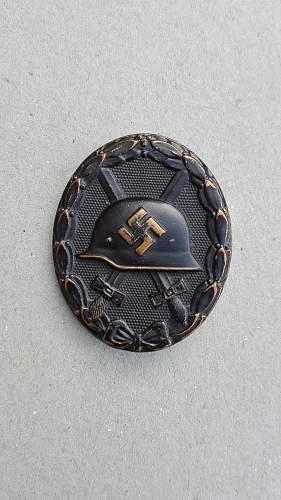 Hersteller of this Verwundetenabzeichen in Schwarz