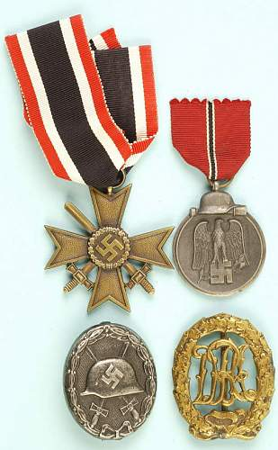 Click image for larger version.  Name:medals 5.jpg Views:147 Size:64.1 KB ID:99091