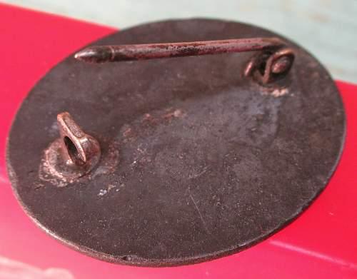 Verwundetenabzeichen - unmarked - silver? Real or cast