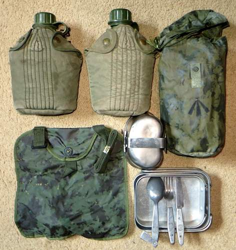 Australian Canteens and Mess Kits