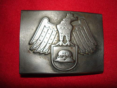 Click image for larger version.  Name:Armybuckles 037.jpg Views:33 Size:112.8 KB ID:395273