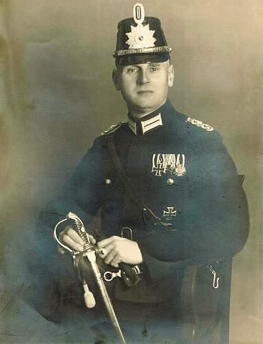 Po-Police Headgear in Period Photos