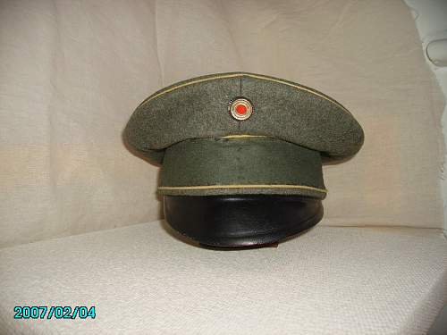 bringing back to life a Reichswehr Infantry cap