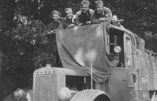 Click image for larger version.  Name:1934LKWотдых Lastwagen Lkw Soldaten.jpg Views:173 Size:214.2 KB ID:663866