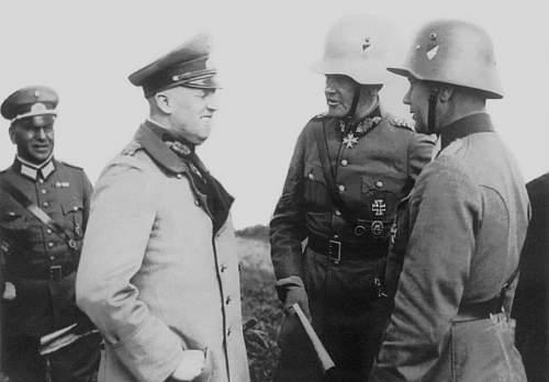 Click image for larger version.  Name:1932 - September - Feldmanöver der 1. Division in Ostpreussen. Reichswehrminister General v.jpg Views:2737 Size:100.6 KB ID:709518