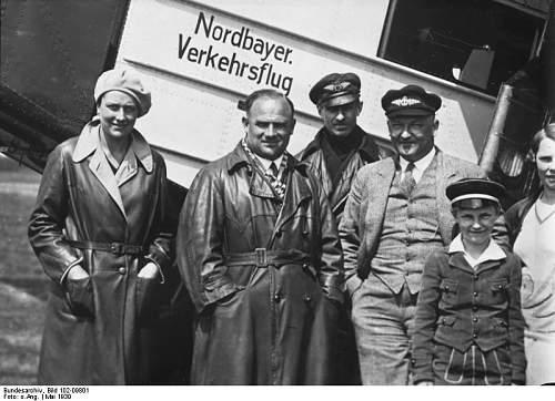 Click image for larger version.  Name:Bundesarchiv_Bild_102-09801,_Ozeanflieger_Haptmann_Köhl.jpg Views:55 Size:65.4 KB ID:875168
