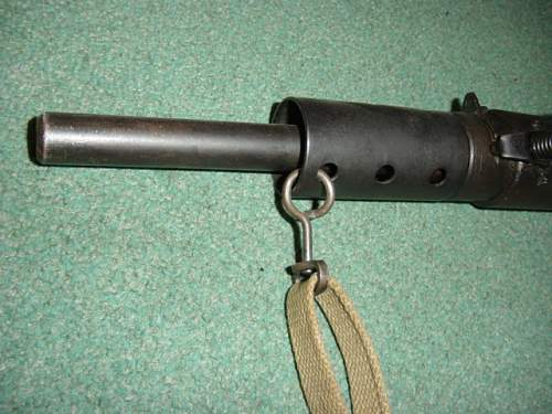 Click image for larger version.  Name:Sten MkII 002.jpg Views:501 Size:146.7 KB ID:10601