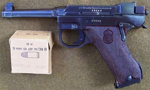 Swedish M40 Pistol 'LAHTI'