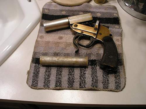 My Walther Leuchtpatrone flare pistol