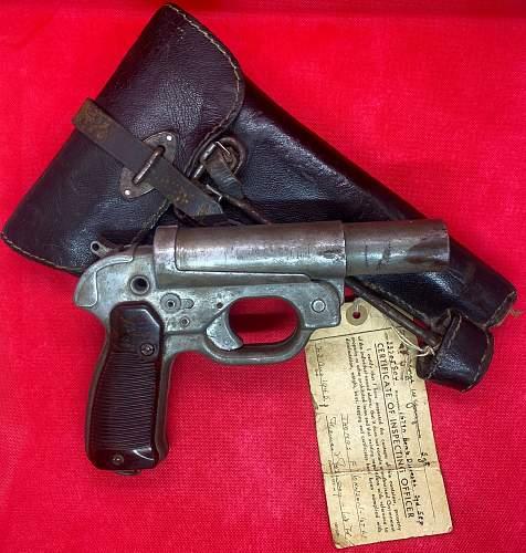 German Flare Pistol Bring Back