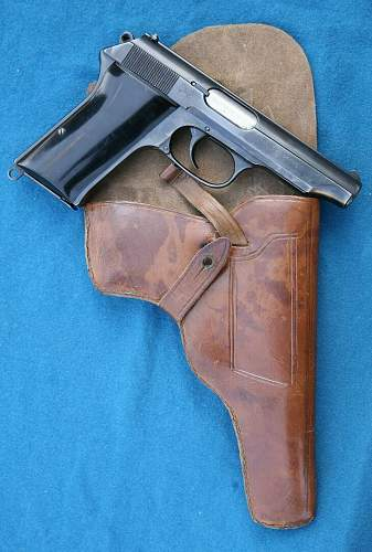 Click image for larger version.  Name:pistol (9).jpg Views:339 Size:117.5 KB ID:152550