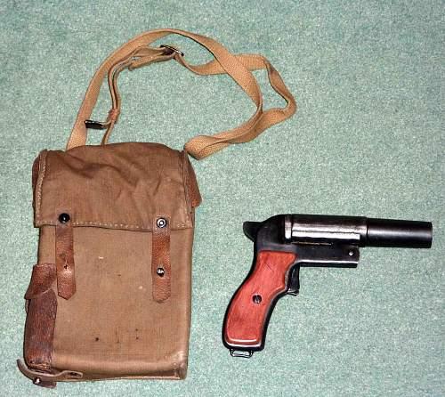 Russian flare pistol