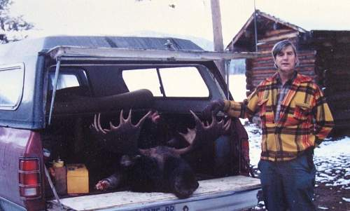 Click image for larger version.  Name:S.L. moose.jpg Views:148 Size:83.6 KB ID:16650
