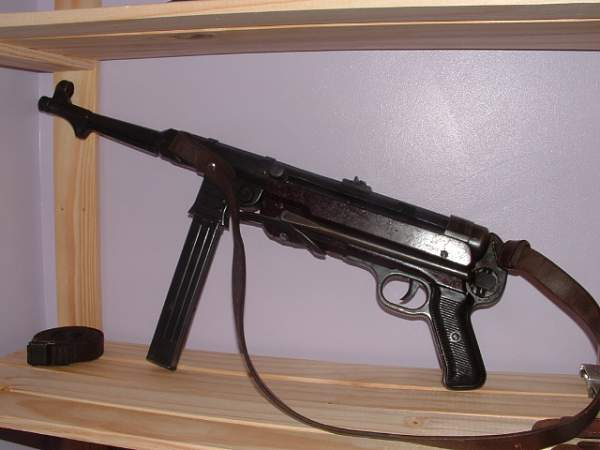 MP34 v MP40