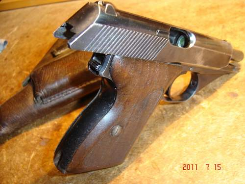 Click image for larger version.  Name:pištola3.jpg Views:117 Size:206.3 KB ID:231395