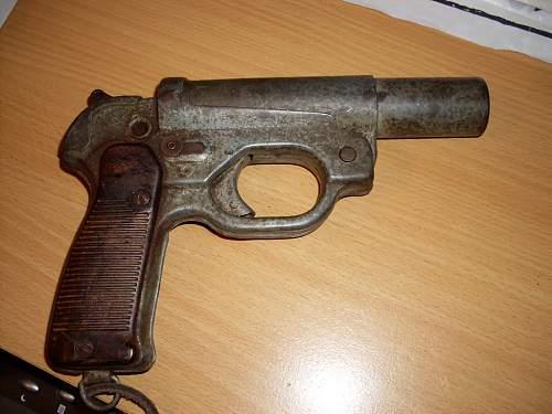 Click image for larger version.  Name:Flare gun LP42 004.jpg Views:653 Size:78.0 KB ID:318080