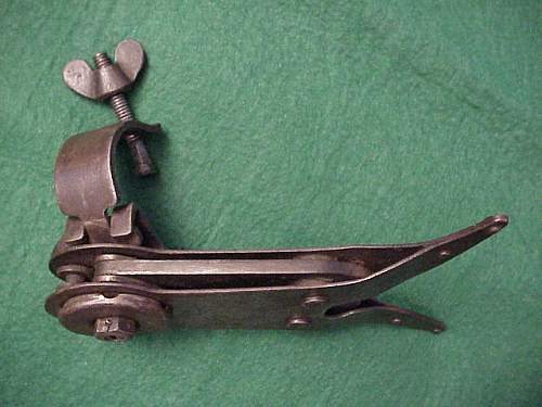 WWI Enfield rifle Wire cutter, M1917 Grenade launcher and M10 Ross rifle