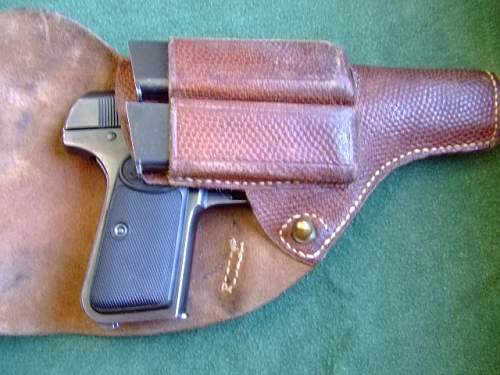 Click image for larger version.  Name:2009_0501FN 1903holstered.JPG Views:265 Size:115.8 KB ID:35915
