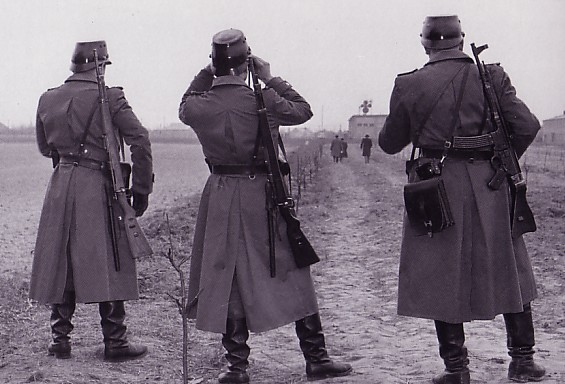 east german volkspolizei