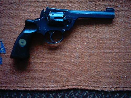 Enfield revolver info needed...