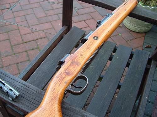 BNZ 44 Mauser & Lee Enfield No 4 MK1